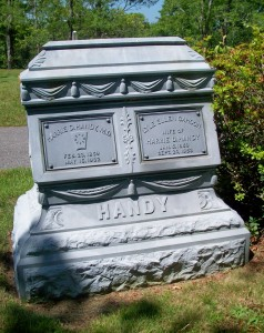 Harry D & Lyle Ellen Cahoon Handy Headstone