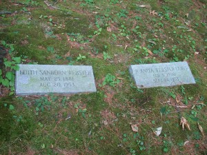 Edith Sanborn Webster & R Anita Webster Lewis Headstones