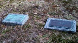 Julian Eastman & Jean Allan Rothery Headstones