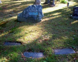 Francis J & Isabel C Vaas & Constantine W Akstens Headstones